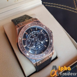 Hublot 882888 Men Leather Analog Watch For Sale Online