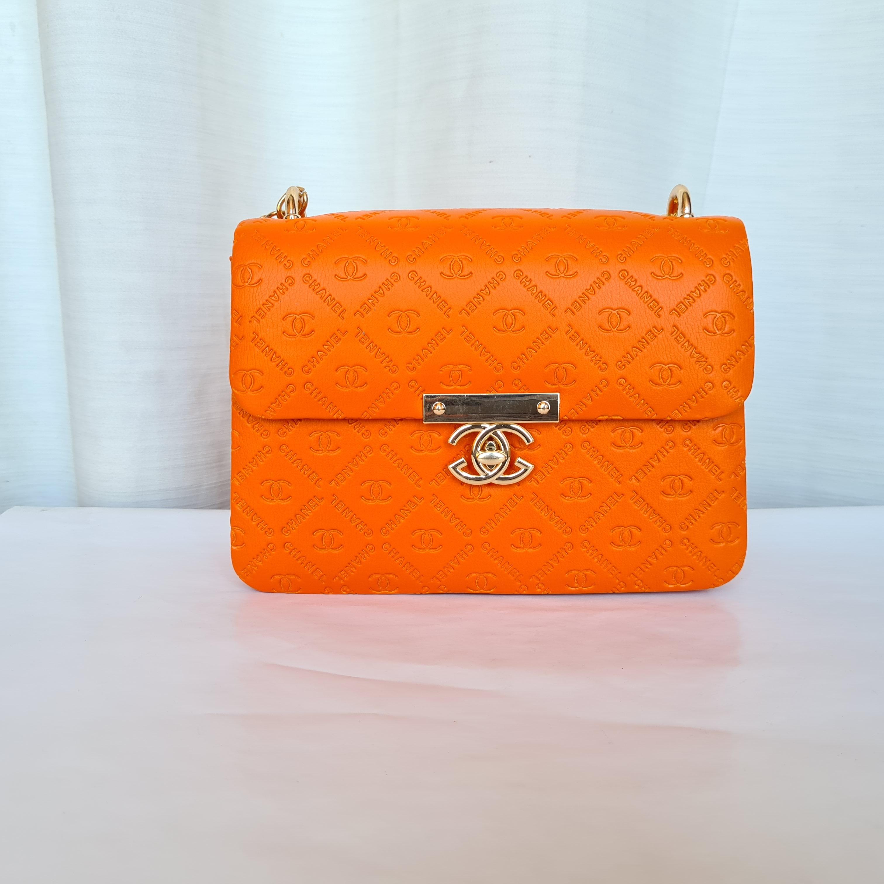 Chanel Ladies Stylish Small Hand Bags QB00179