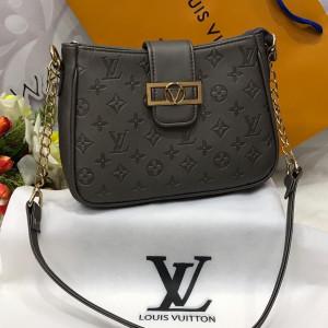 LV Ladies Bag Grey Color QB00127