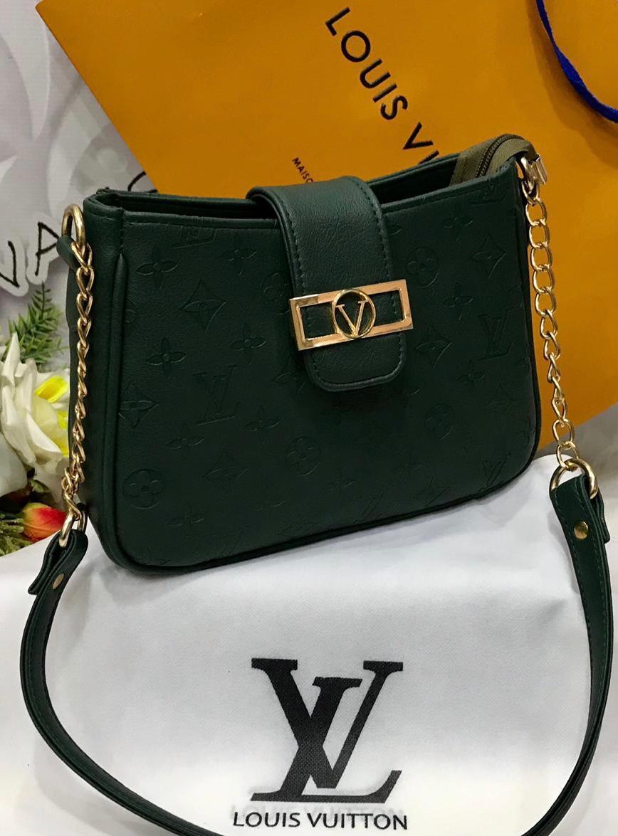 LV Ladies Bag Green Color QB00128
